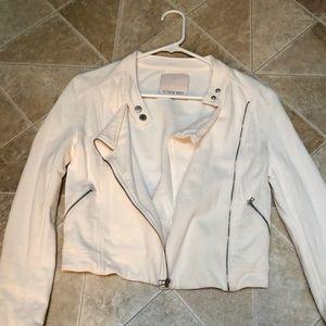 Aritzia white blazer